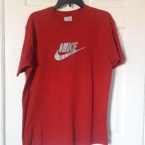 Nike t-shirt Med